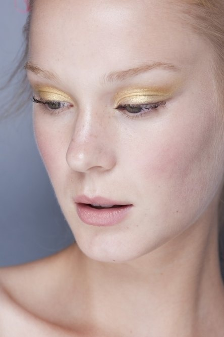 gilded lids eye shadow eye makeup